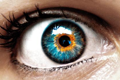 2013 09 23 cambiare il colore degli occhi intervento