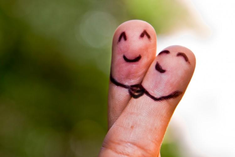 2014 07 21 diario dita-incrociate speranza lavoro matrimonio