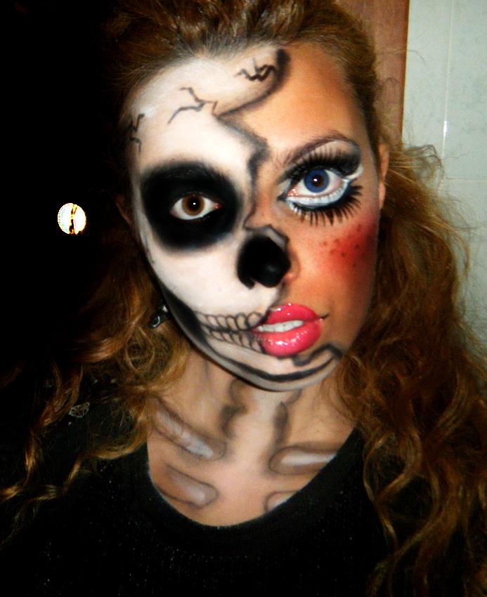 2013 11 05-karotina-halloween-doll-skeleton-2013