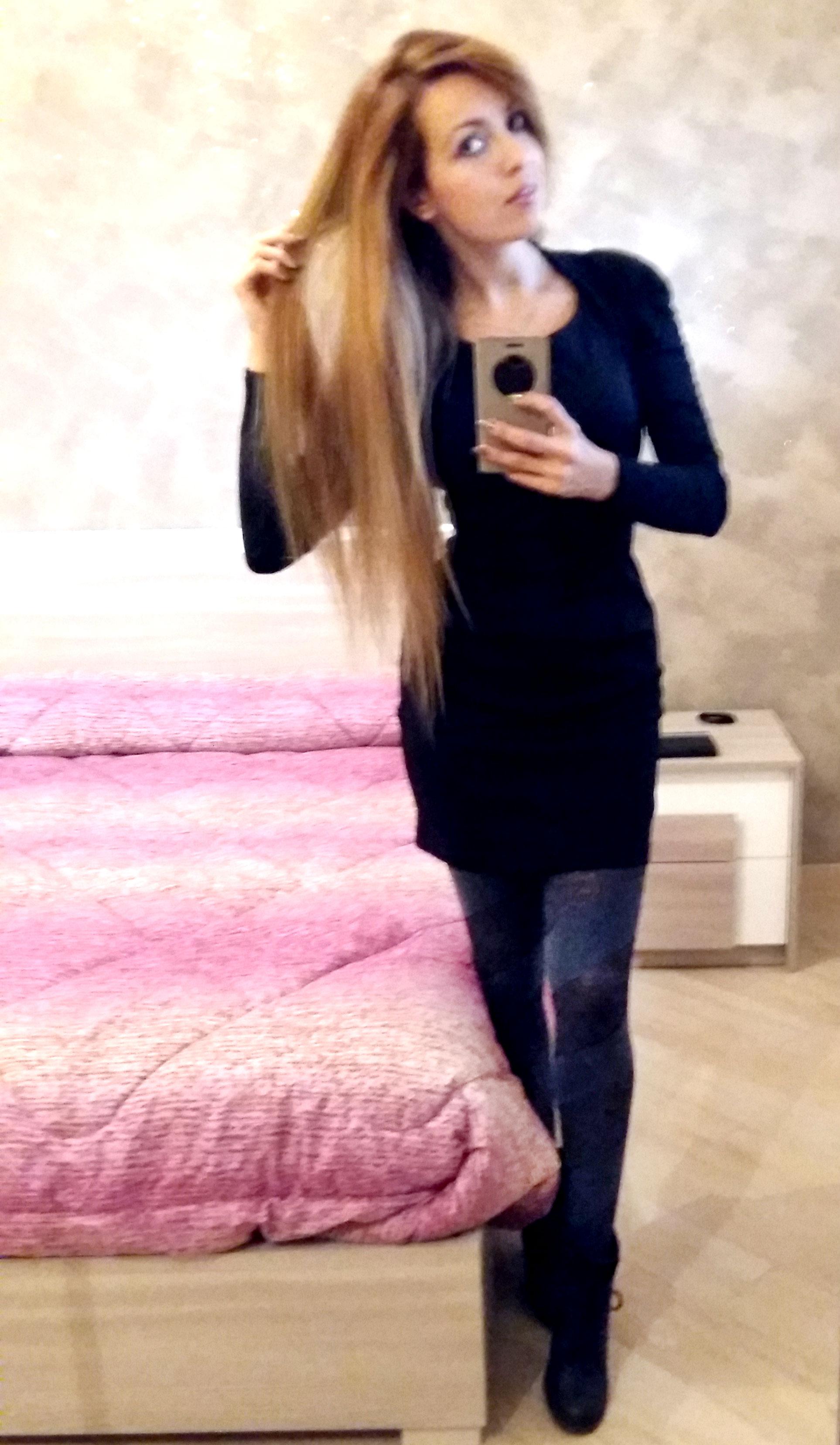 2015 12 18-karotina-outfit-natale-party-tubino